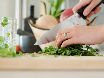 בישול ארוחות חג גורמה – מירי זורגר –  3 מפגשים – קורס ערב – 31.8.2020 – משעה 17:30  קורס לנשים בלבד.